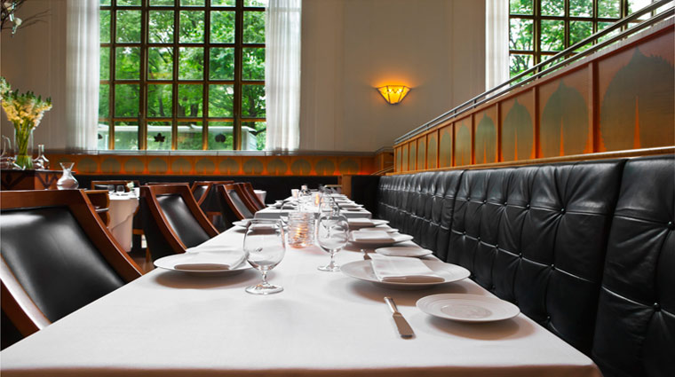 what is the interior design of eleven madison park   new