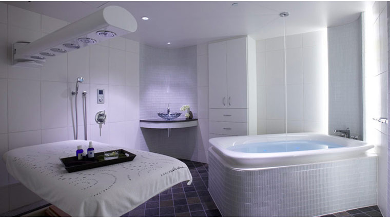 Kohler Waters Spa Acoustic Room Bath