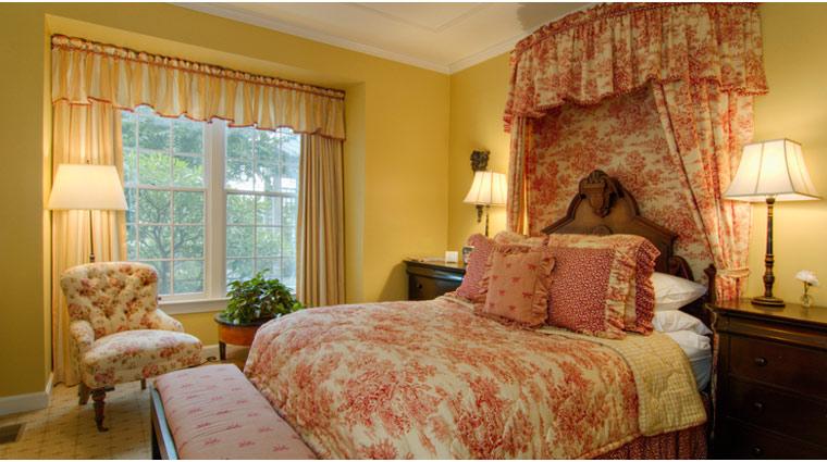 The Fearrington House Inn Standard Room Guest Bed