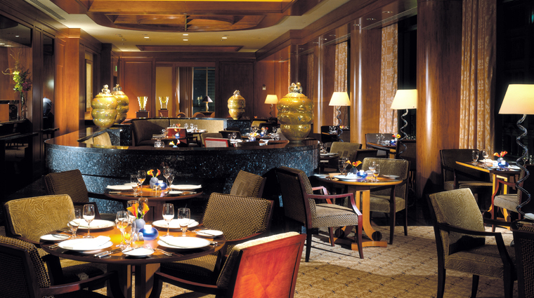 What restaurants does four seasons hotel san francisco for Four restaurant